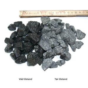 En sort granitskærve 16-22 mm