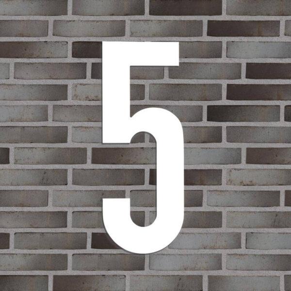husnummer hvid nr 5.