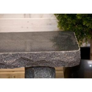 Grå granitbænk poleret sæde