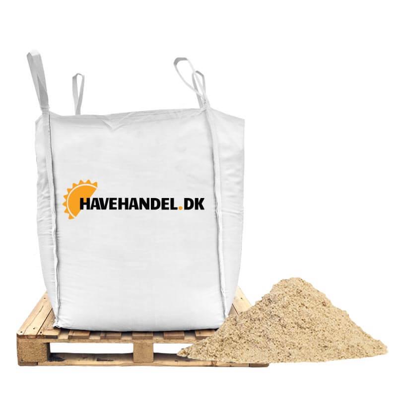 Strandsand 0-2 mm.